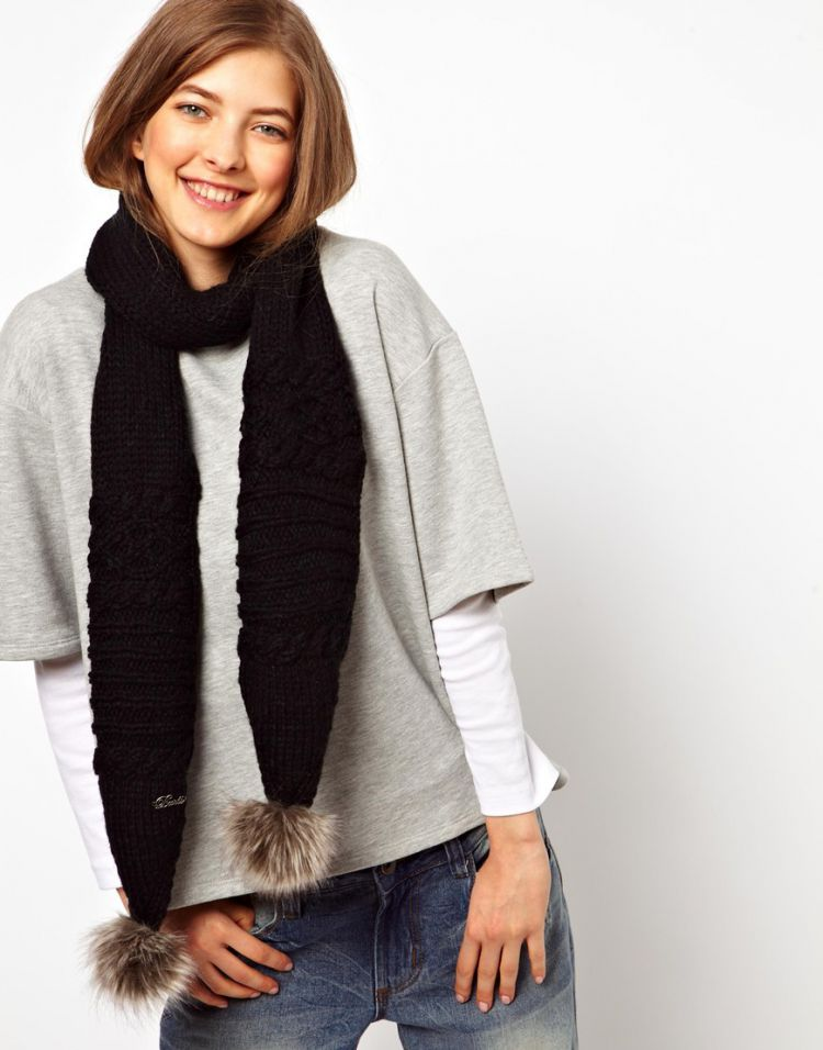 PRODUCT_IMAGE Barts Claire Faux Fur Bobble Scarf