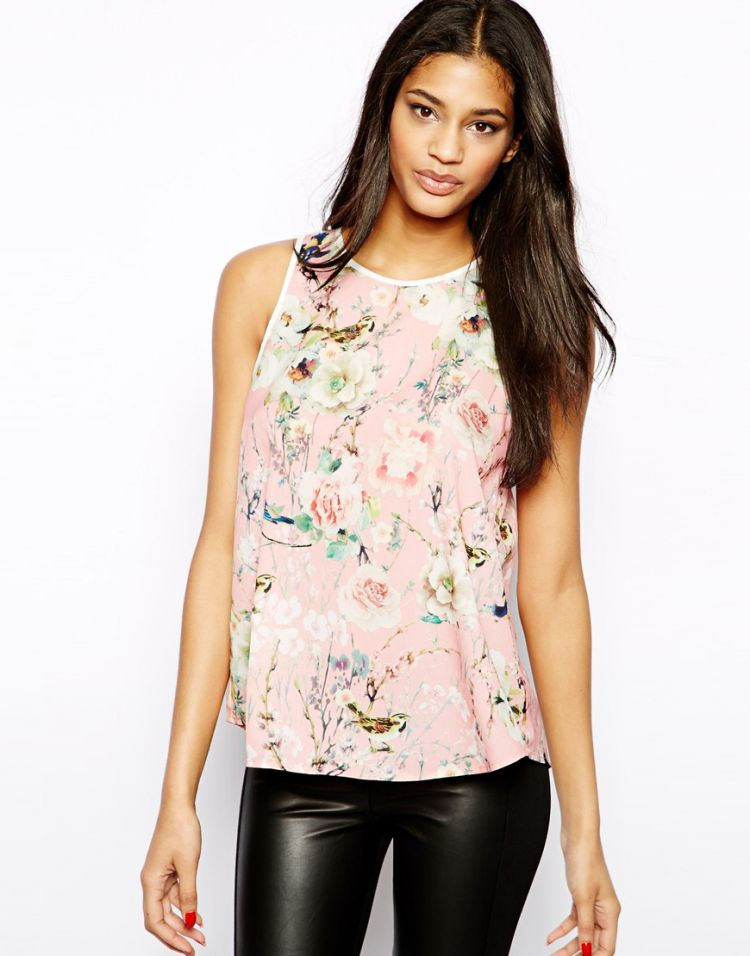 PRODUCT_IMAGE True Decadence Top in Botanical Floral
