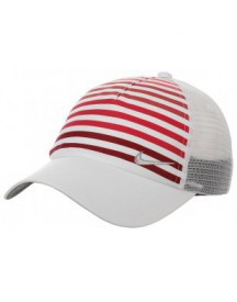 Golf Women�s Sport Cap by Nike